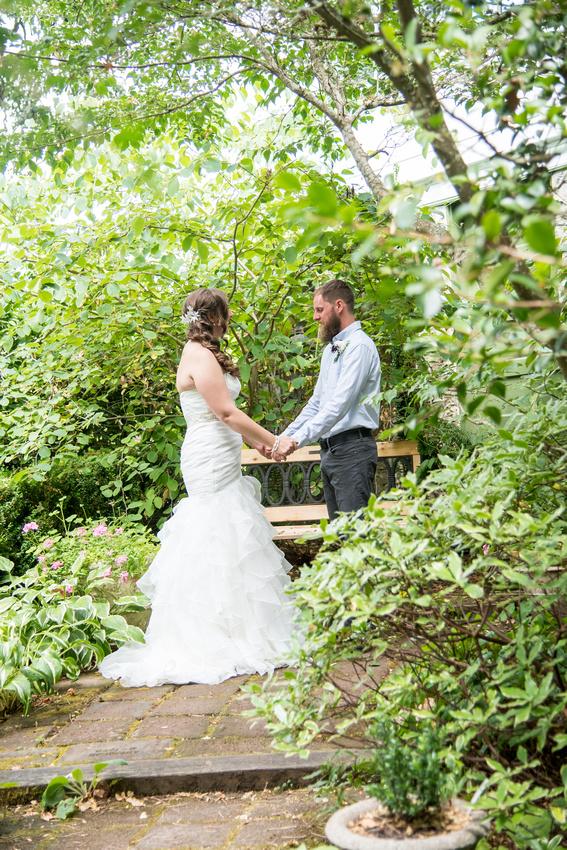 Wedding Salem Deep wood museum and gardens (26)